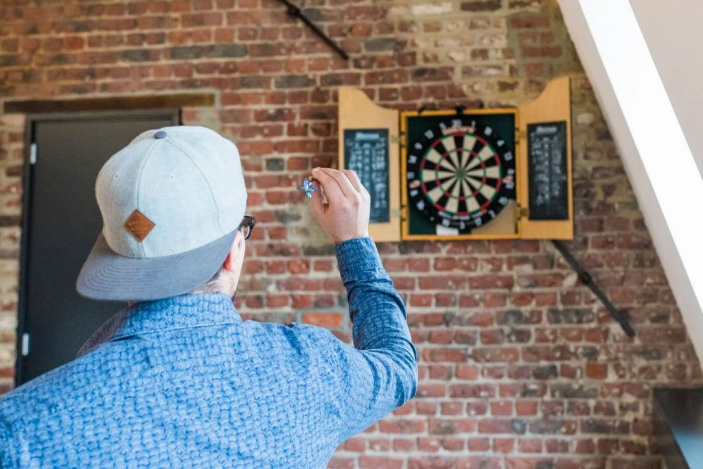 how to choose the right electronic dart boards